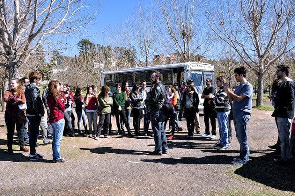 Los alumnos de Lisandro Bregant en Rosario, durante el Tour Gastronomico y Creativo de TEDxRosario