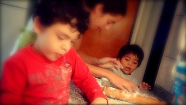 una tarde de cocinar con los sobrinos :)