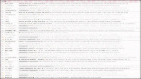 por que emprender: imagen de la bandeja de entrada de mails de la comunidad superhabitos