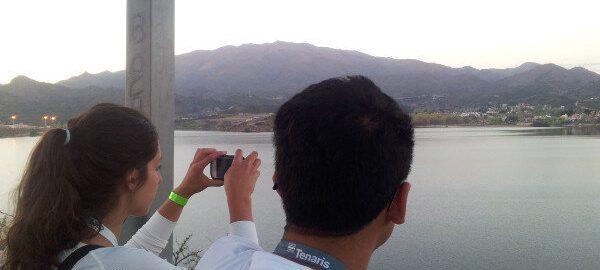 Vista desde el Mirador del Condor y hacia el dique Potrero de los Funes