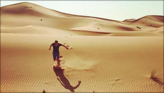 Scott in the desert